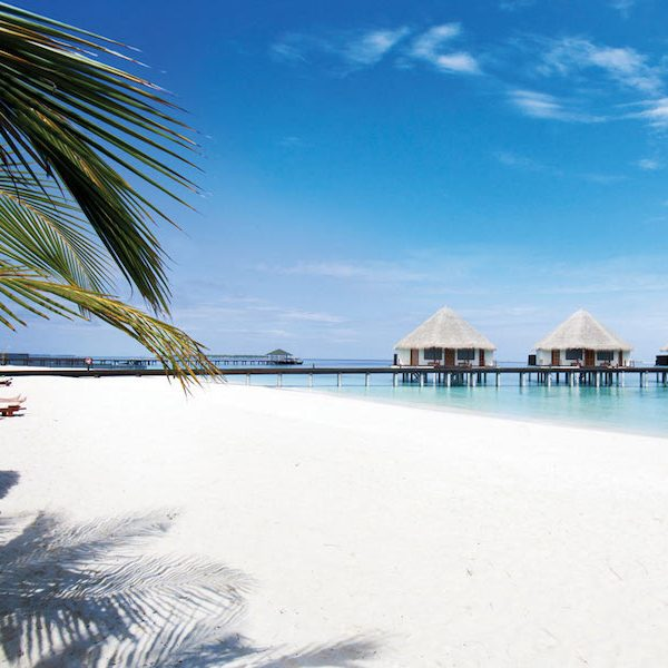 THE HOTEL REVIEW: Adaaran Select Meedhupparu, Maldives