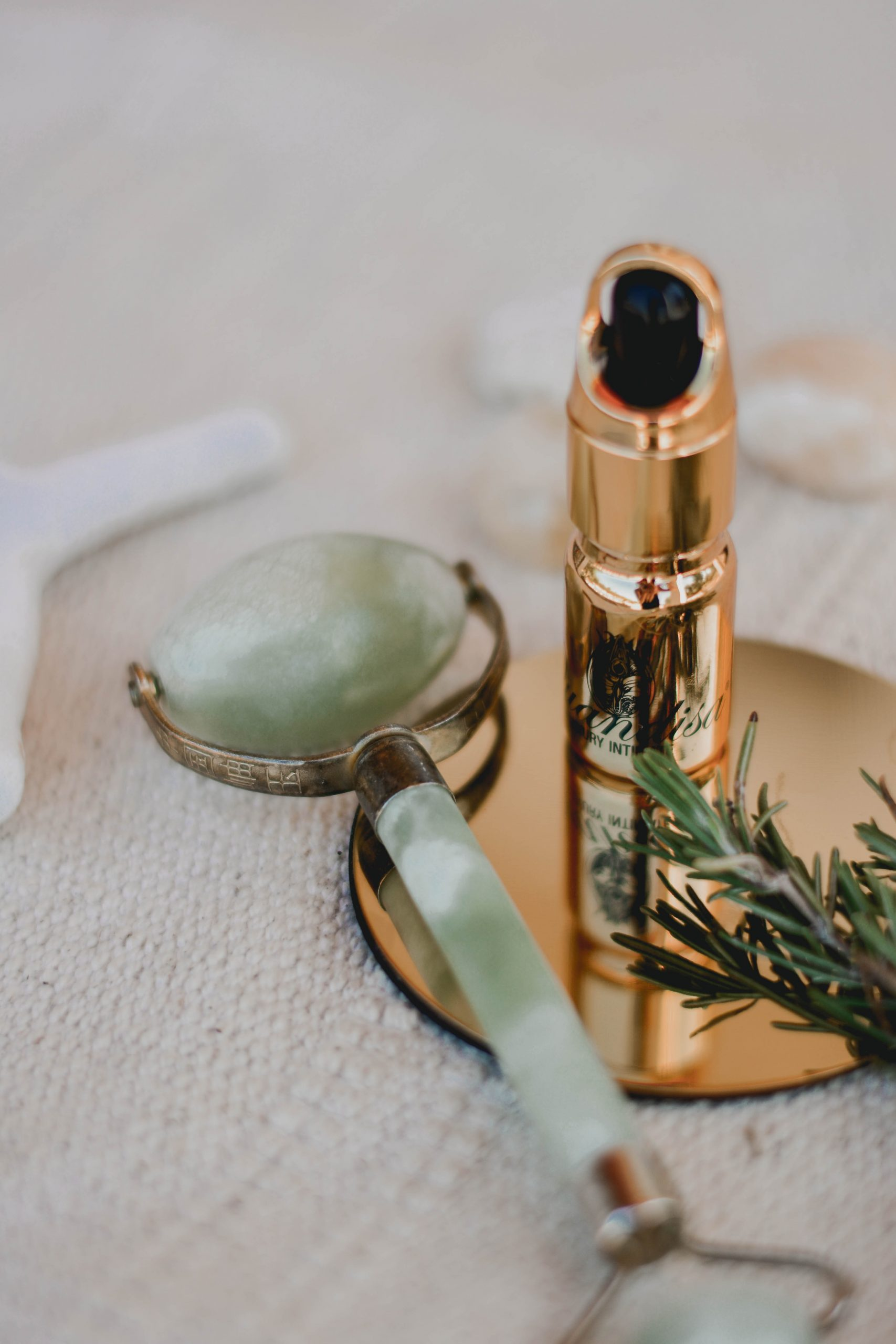 Facial Oils To Hydrate your Complexion