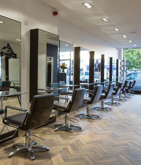 The Salon Review: HOB Salons, Epping