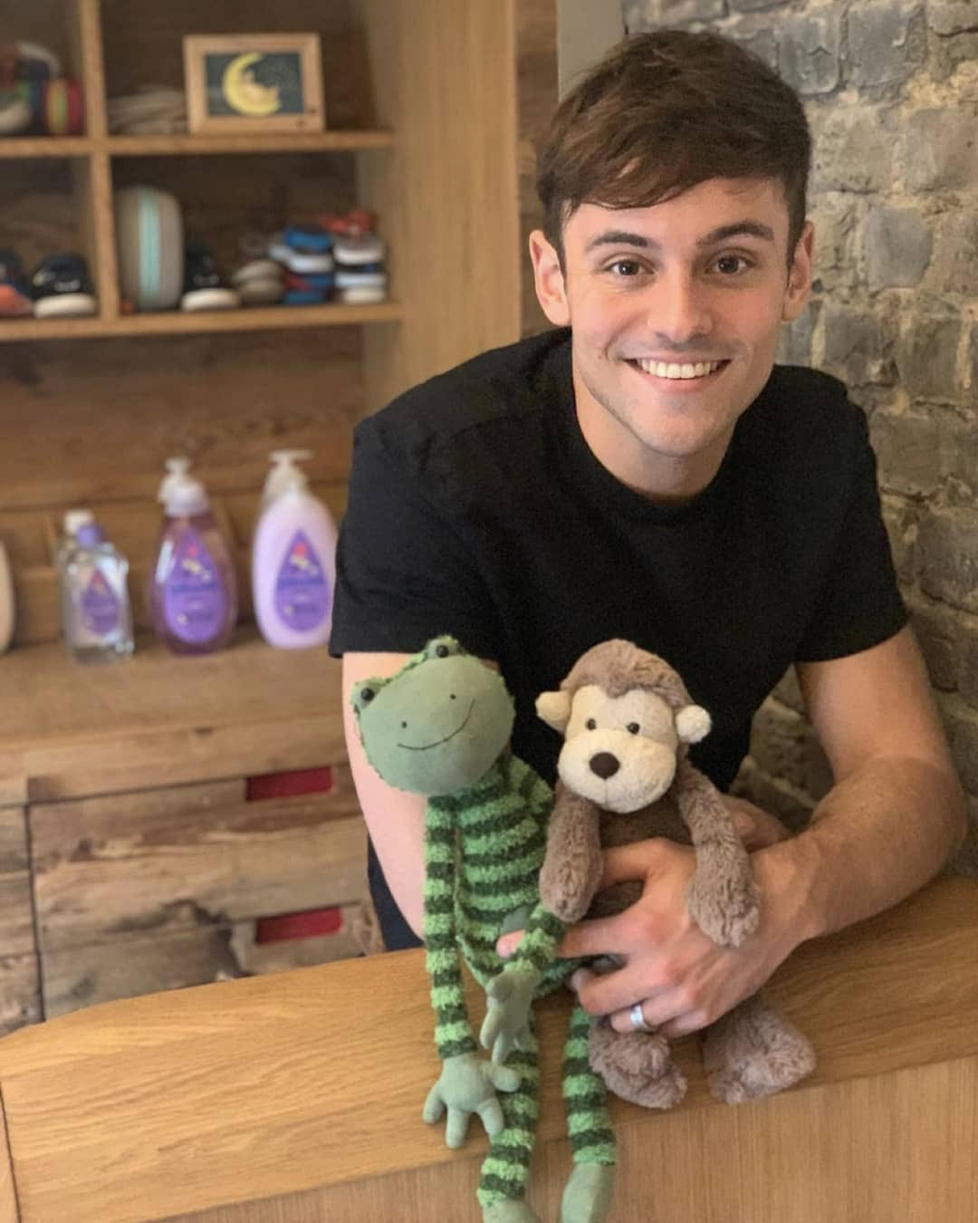 Mum & Baby: A Calmer Bedtime With Johnson's Baby And Tom Daley