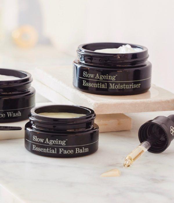 Beauty Review: Slow AgingEssential Facial Essence